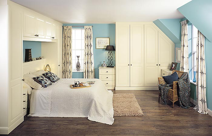 Glendale Vanilla Text fitted bedroom