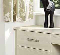 Fitted Bedroom - Shaker White Avola